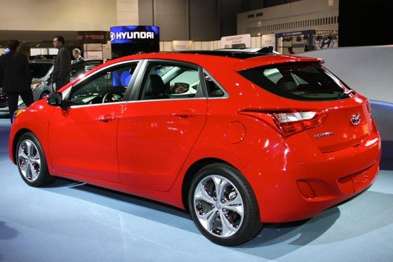 2013 Hyundai Elantra GT: Chicago Auto Show featured image large thumb4