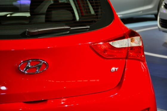 2013 Hyundai Elantra GT: Chicago Auto Show featured image large thumb8
