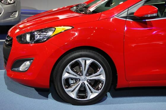 2013 Hyundai Elantra GT: Chicago Auto Show featured image large thumb13