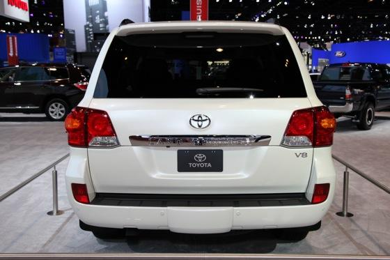 2013 Toyota Land Cruiser: Chicago Auto Show featured image large thumb5