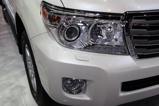 2013 Toyota Land Cruiser: Chicago Auto Show featured image large thumb12