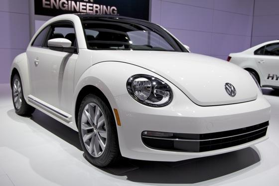 2013 Volkswagen Beetle TDI: Chicago Auto Show featured image large thumb1