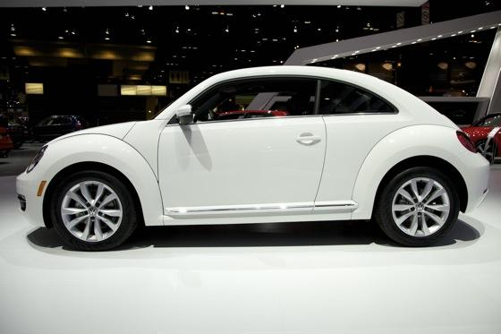 2013 Volkswagen Beetle TDI: Chicago Auto Show featured image large thumb3