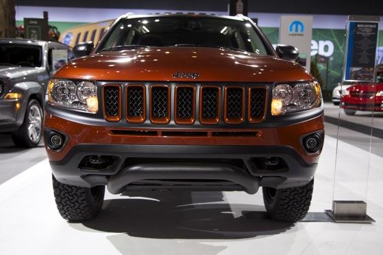 Mopar Unveils Four Custom Vehicles: Chicago Auto Show featured image large thumb14
