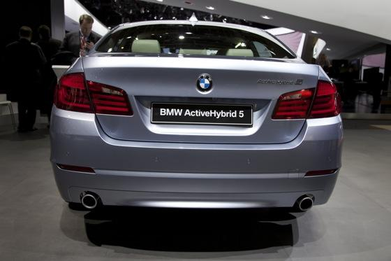 2012 BMW ActiveHybrid 5: Detroit Auto Show featured image large thumb3