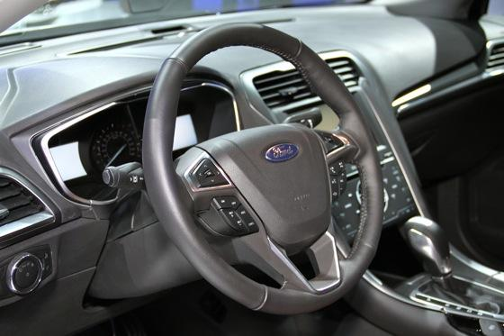 2013 Ford Fusion: Detroit Auto Show featured image large thumb15