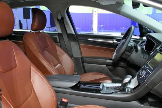 2013 Ford Fusion: Detroit Auto Show featured image large thumb11