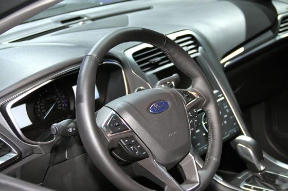 2013 Ford Fusion: Detroit Auto Show featured image large thumb14