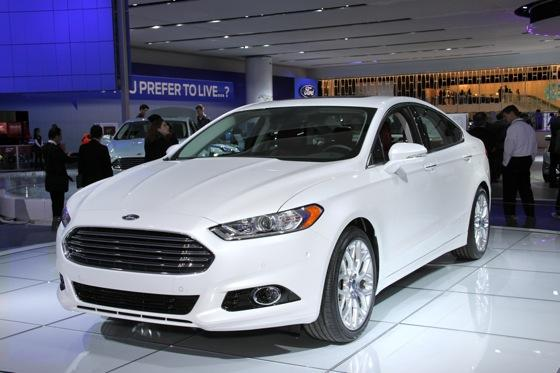 2013 Ford Fusion: Detroit Auto Show featured image large thumb0