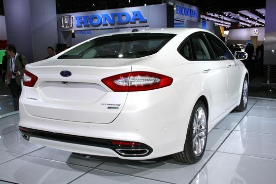 2013 Ford Fusion: Detroit Auto Show featured image large thumb3