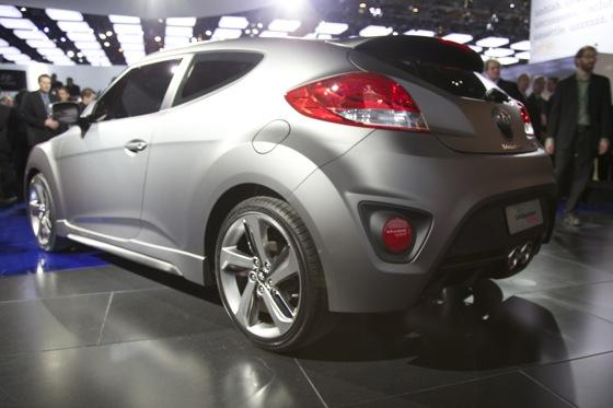 2013 Hyundai Veloster Turbo: Detroit Auto Show featured image large thumb5
