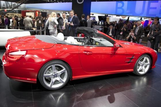 2013 Mercedes SL-Class: Detroit Auto Show featured image large thumb2