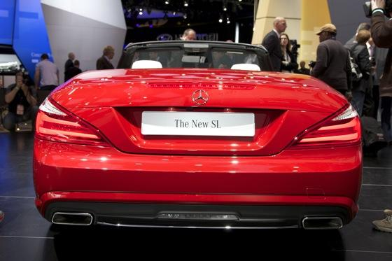 2013 Mercedes SL-Class: Detroit Auto Show featured image large thumb3