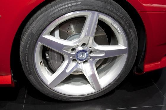 2013 Mercedes SL-Class: Detroit Auto Show featured image large thumb4