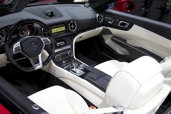 2013 Mercedes SL-Class: Detroit Auto Show featured image large thumb5