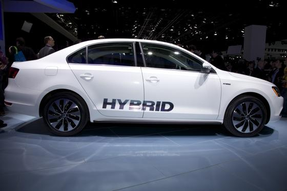 2013 Volkswagen Jetta Hybrid: Detroit Auto Show featured image large thumb1