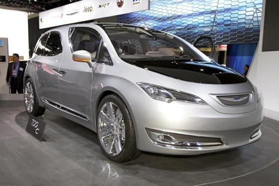 Chrysler 700C Minivan Concept: Detroit Auto Show featured image large thumb0