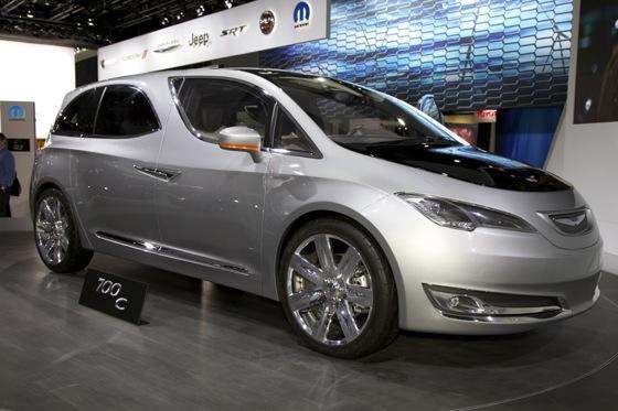 Chrysler 700C Minivan Concept: Detroit Auto Show featured image large thumb1