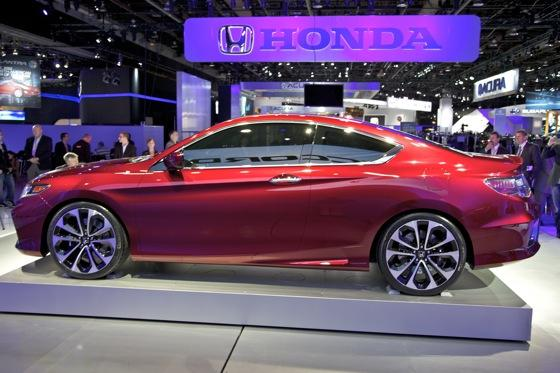 2013 Honda Accord Coupe Concept: Detroit Auto Show featured image large thumb5