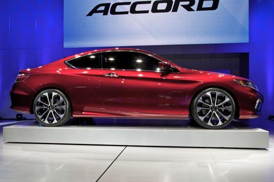 2013 Honda Accord Coupe Concept: Detroit Auto Show featured image large thumb7
