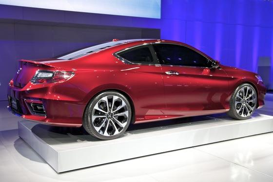 2013 Honda Accord Coupe Concept: Detroit Auto Show featured image large thumb8