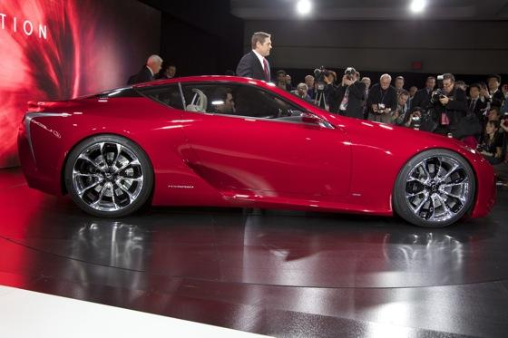 Lexus LF-LC Concept: Detroit Auto Show featured image large thumb8