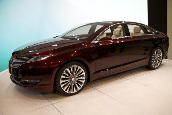 Lincoln MKZ Concept: Detroit Auto Show featured image large thumb0