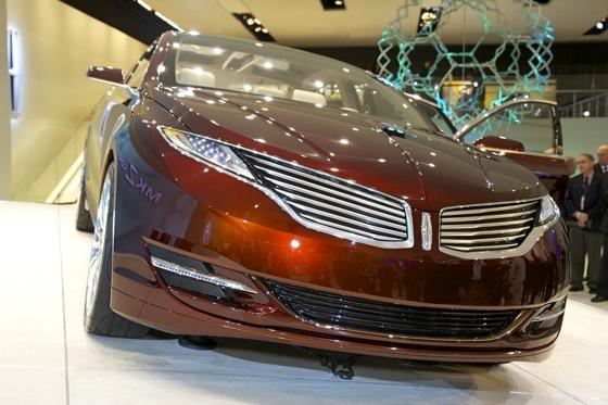 Lincoln MKZ Concept: Detroit Auto Show featured image large thumb4