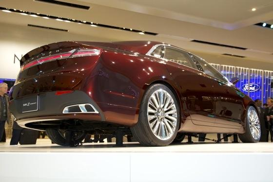 Lincoln MKZ Concept: Detroit Auto Show featured image large thumb6