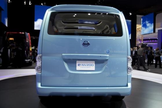 Nissan E-NV200 Concept: Detroit Auto Show featured image large thumb3