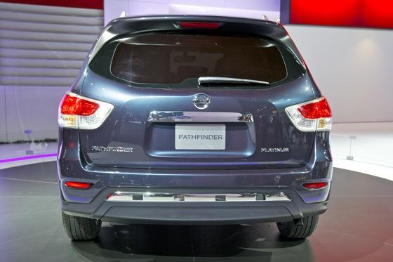 Nissan Pathfinder Concept: Detroit Auto Show featured image large thumb6