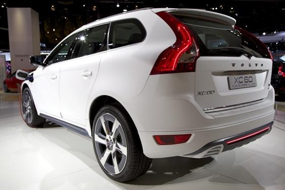 Volvo XC60 Plug-In Hybrid Concept: Detroit Auto Show featured image large thumb2