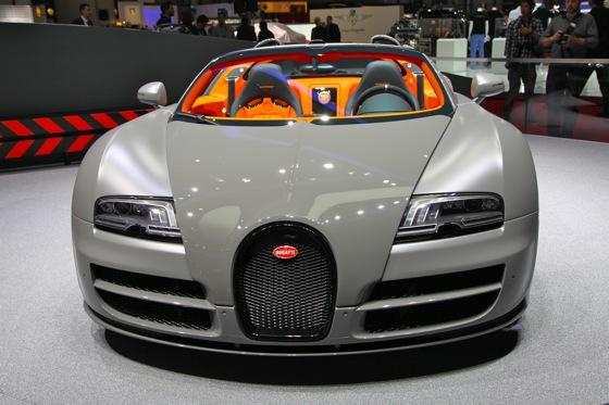 bugatti veyron 16 4 grand sport vitesse geneva auto show autotrader. Black Bedroom Furniture Sets. Home Design Ideas