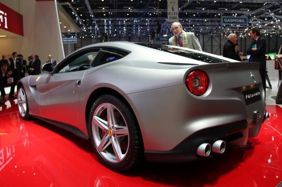 2013 Ferrari F12 Berlinetta: Geneva Auto Show featured image large thumb5