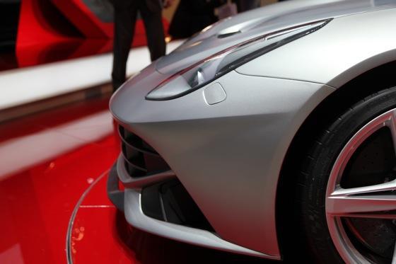 2013 Ferrari F12 Berlinetta: Geneva Auto Show featured image large thumb7