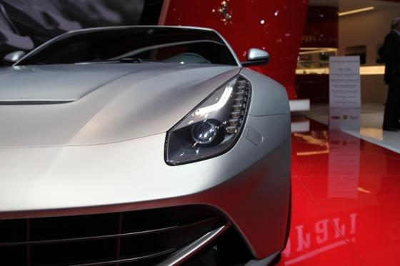 2013 Ferrari F12 Berlinetta: Geneva Auto Show featured image large thumb9