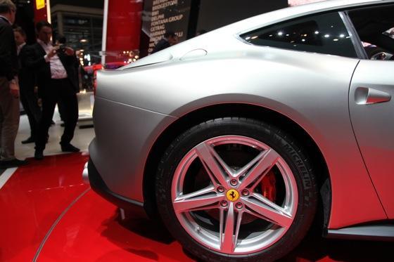 2013 Ferrari F12 Berlinetta: Geneva Auto Show featured image large thumb12