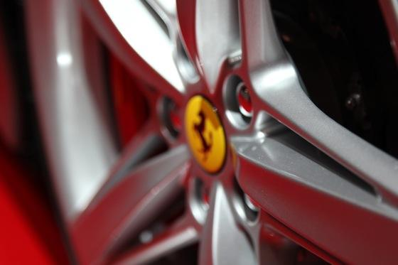 2013 Ferrari F12 Berlinetta: Geneva Auto Show featured image large thumb17