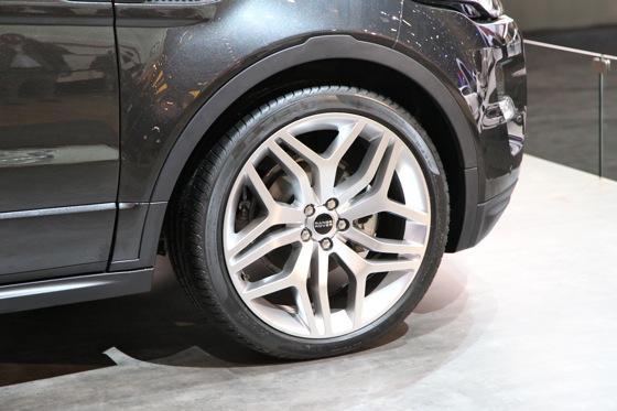 Land Rover Range Rover Evoque Convertible: Geneva Auto Show featured image large thumb6