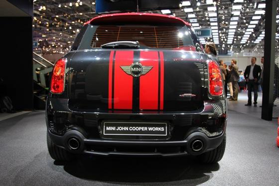 2013 Mini Countryman JCW: Geneva Auto Show featured image large thumb2