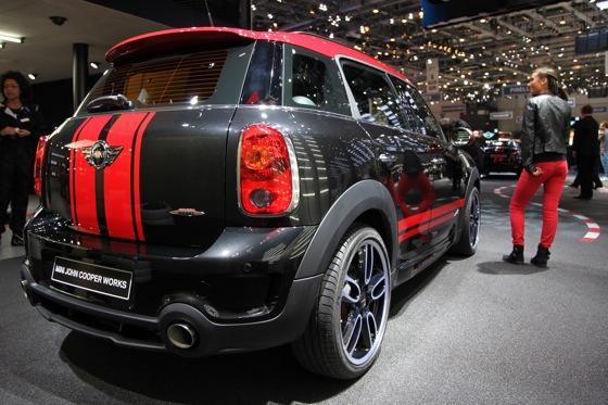 2013 Mini Countryman JCW: Geneva Auto Show featured image large thumb3