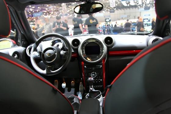 2013 Mini Countryman JCW: Geneva Auto Show featured image large thumb10