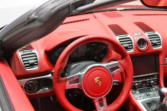 2013 Porsche Boxster: Geneva Auto Show featured image large thumb18