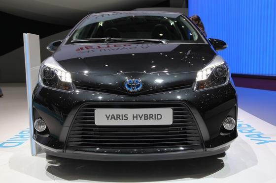 Toyota Yaris Hybrid: Geneva Auto Show featured image large thumb1