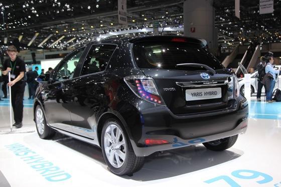 Toyota Yaris Hybrid: Geneva Auto Show featured image large thumb3
