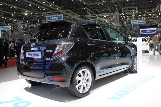 Toyota Yaris Hybrid: Geneva Auto Show featured image large thumb5