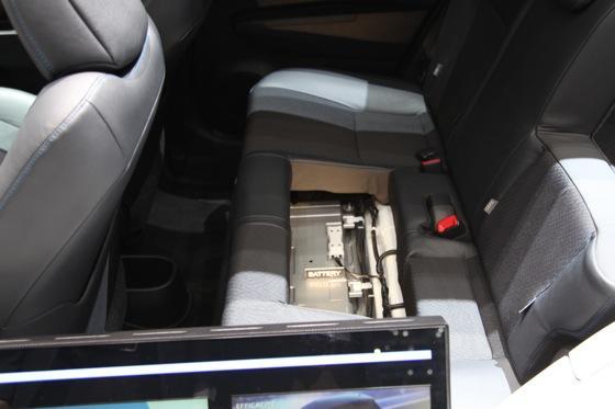 Toyota Yaris Hybrid: Geneva Auto Show featured image large thumb8