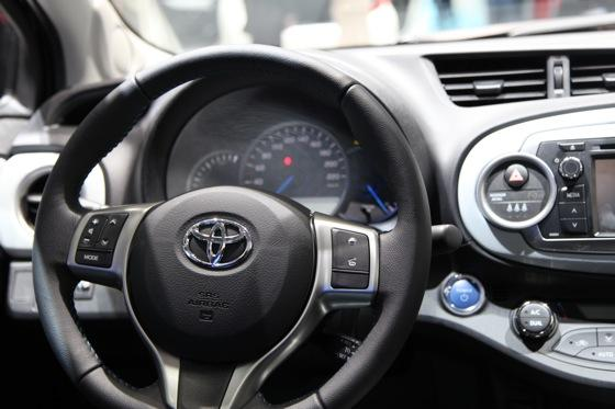Toyota Yaris Hybrid: Geneva Auto Show featured image large thumb9