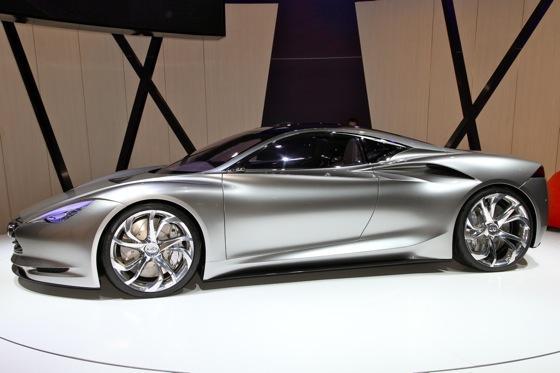 Infiniti EMERG-E Concept Vehicle: Geneva Auto Show featured image large thumb8
