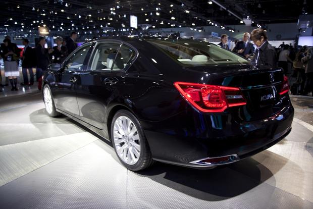 2014 Acura RLX: LA Auto Show featured image large thumb12